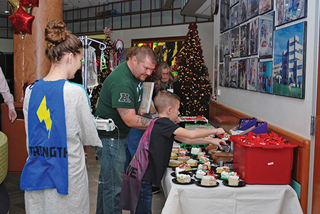 Weis Open On Christmas Day 2020 Geisinger JaWeis Children's Hospital Celebrates Milestone with